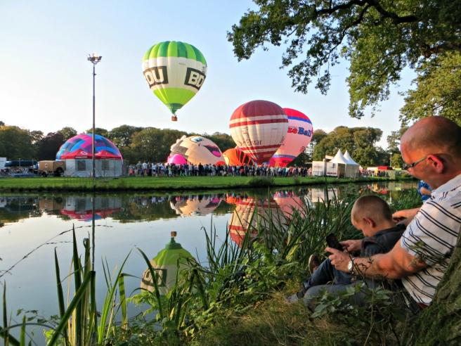 ballonfiesta_luchtballonnen_barneveld_uitzicht_schaffelaar