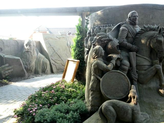 Zandsculpturen Garderen VOC