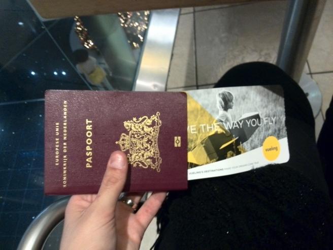 Paspoort inchecken Schiphol
