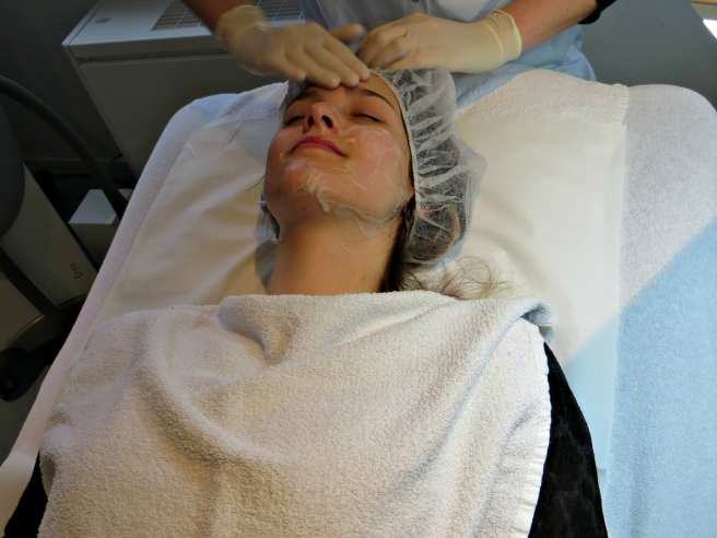 Reiniging van de huid, acnebehandeling Laser Skin Clinics Zwolle Stationsweg 5