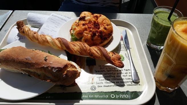 Lunchen bij de V&D