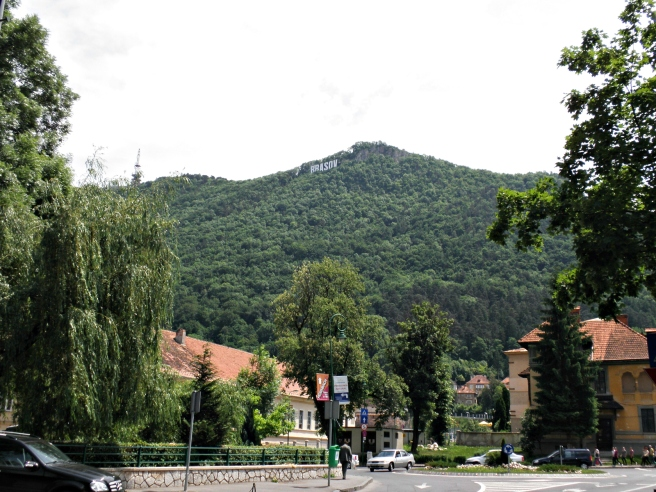 Tips Brasov: hollywood sign Brasov, kabelbaan